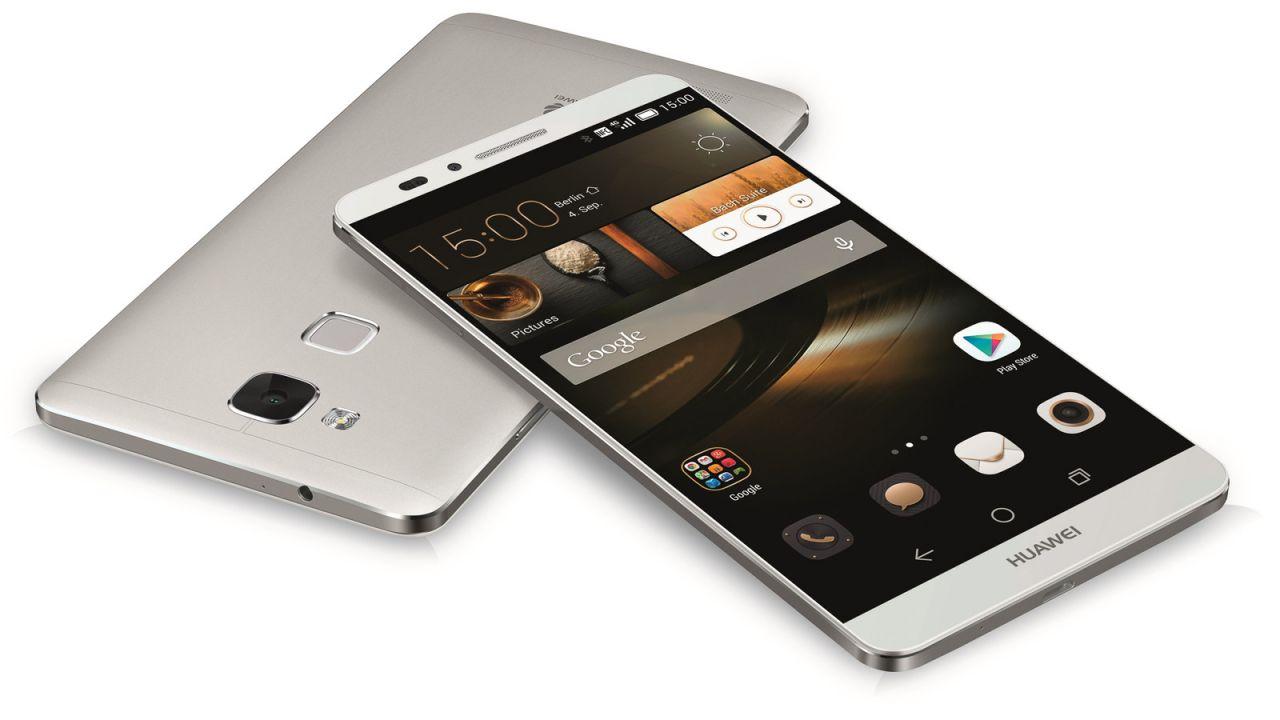 """""""Non comprate Smartphone Huawei e ZTE"""": l'Fbi lancia l'allarme spionaggio"""