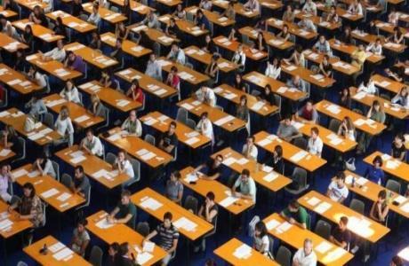 Concorso docenti abilitati 2018, bando spiega come pagare la tassa di 5 euro