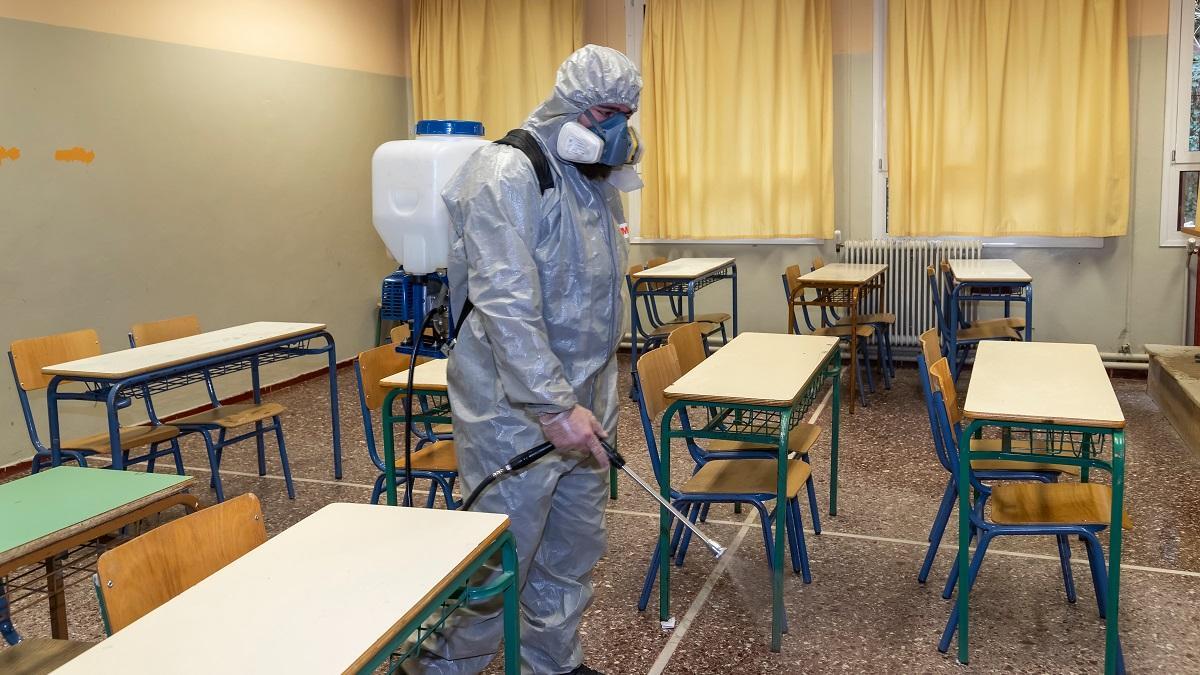 Green pass scuola obbligatorio: inutile farsi illusioni, è legittimo