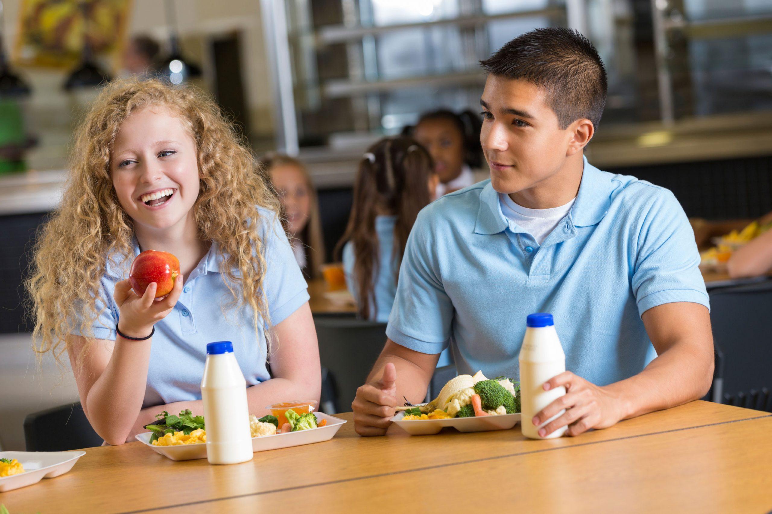 Green pass scuola: non richiesto al personale addetto alla mensa e non solo